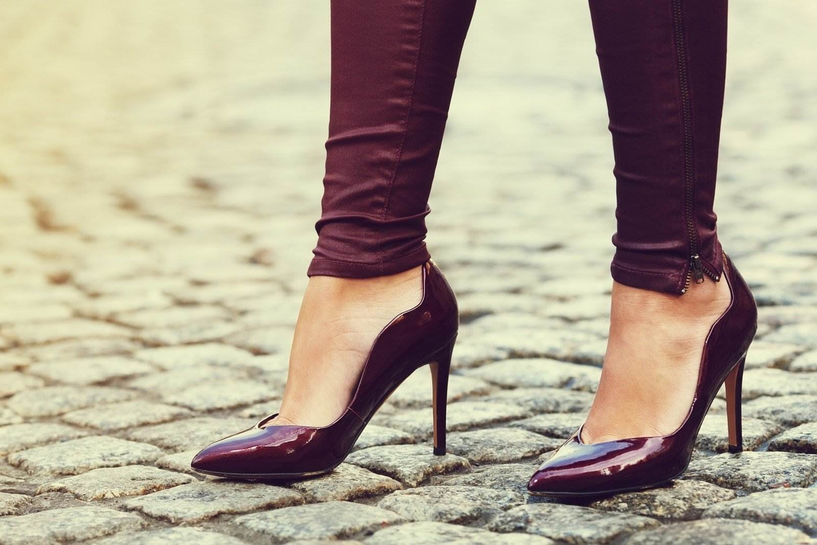 woman wearing classic high heel toe shoes