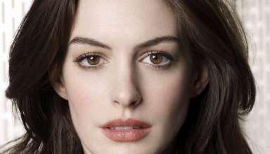 Anne Hathaway Cool Wallpaper