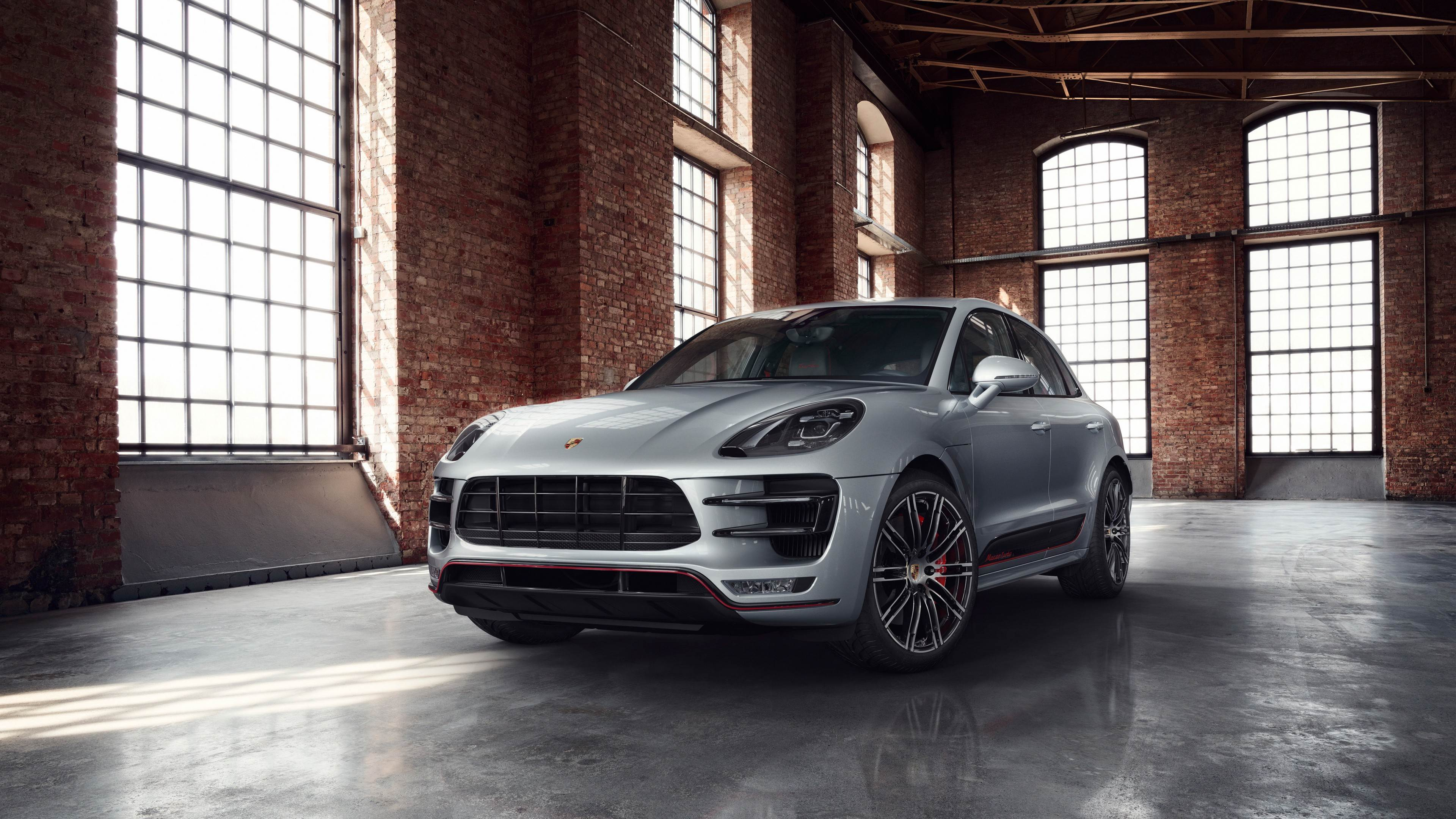 Porsche Macan Turbo Performance Edition 2017 Wallpaper