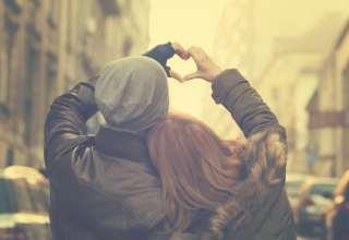 Couple in love Focus on hands Wallpaper