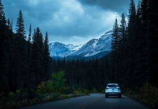 Auto Road Mountains Traffic Wallpaper