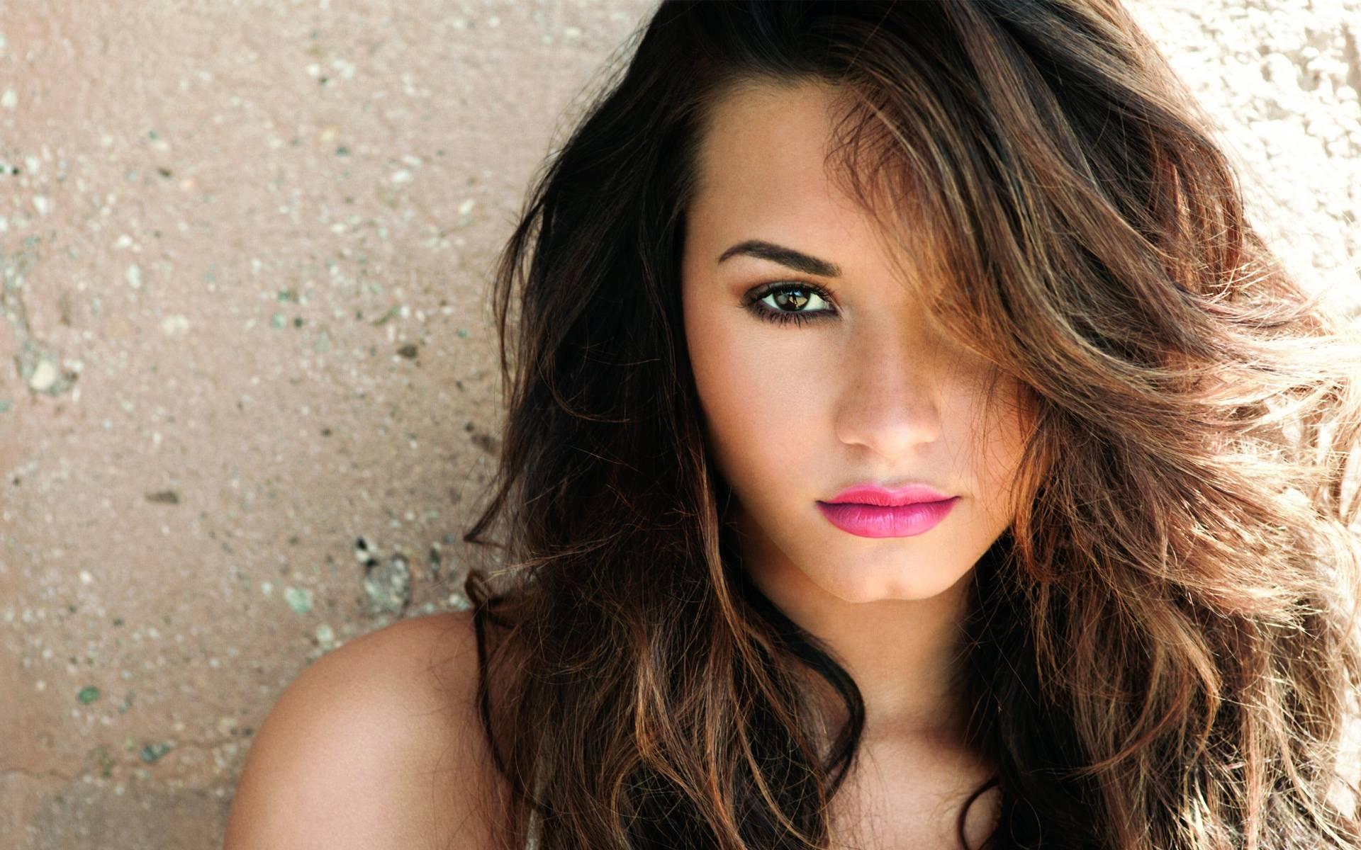 Demi Lovato 2014 Wallpaper