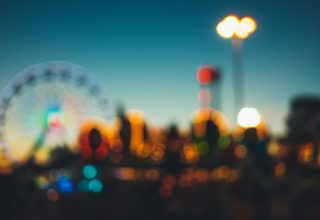 Amusement Park Blur Wallpaper