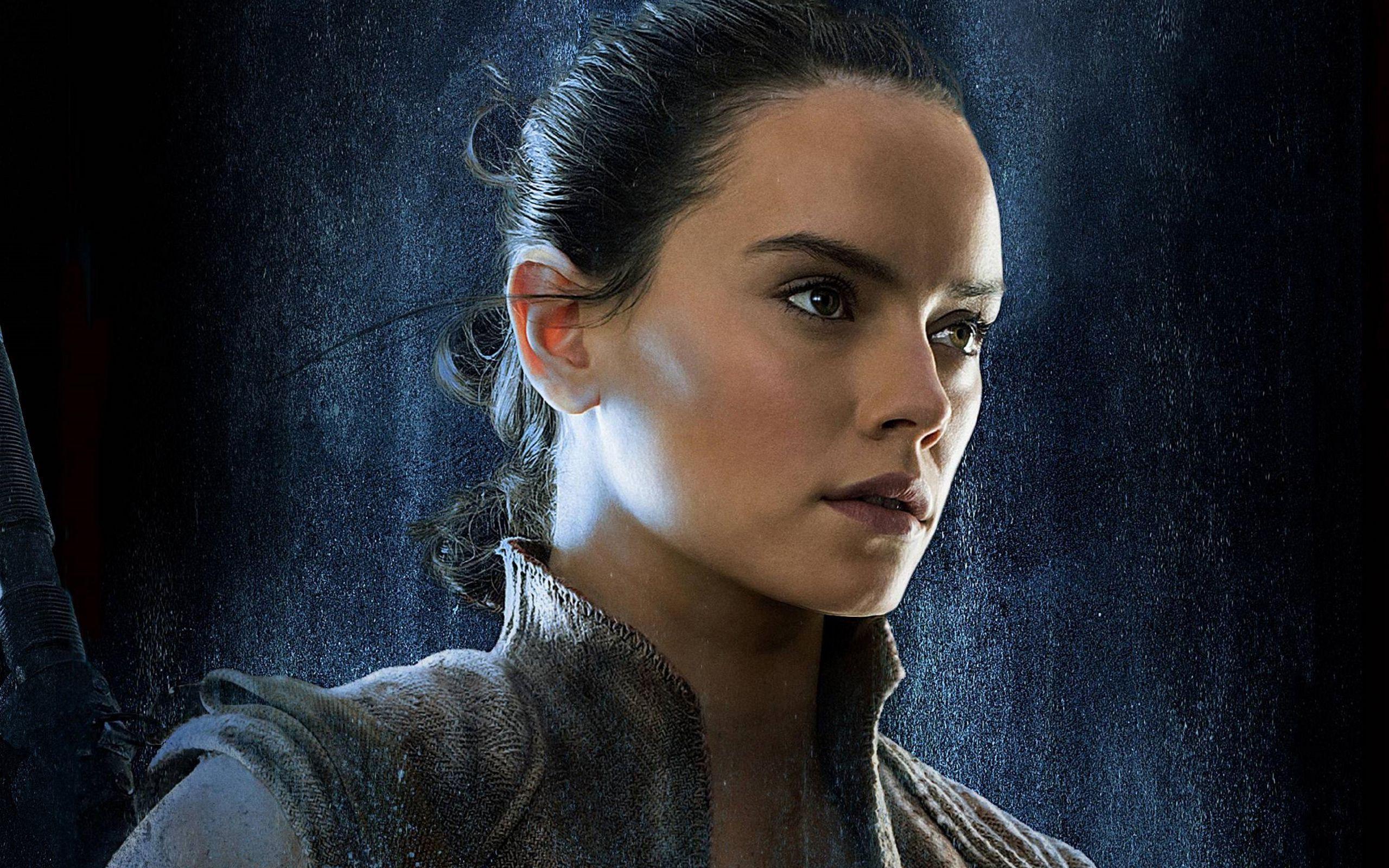 Daisy Ridley As Rey Star Wars The Last Jedi Wallpaper