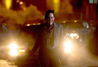 Gotham Season 4 Robin Lord Taylor As Penguin Wallpaper