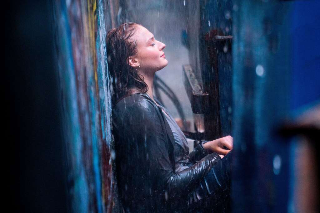Sophie Turner in X-Men: Dark Phoenix Wallpaper