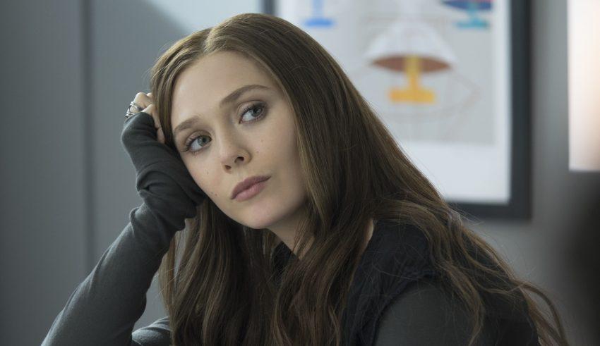 Elizabeth Olsen As Scarlet Witch Wallpaper