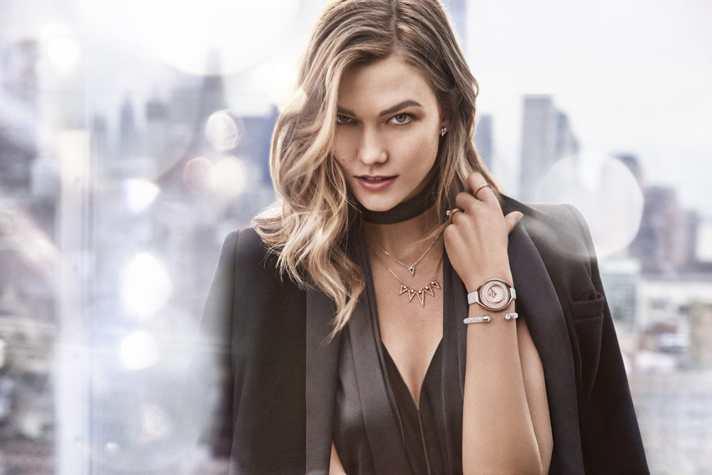 Karlie Kloss 8k 2018 Wallpaper