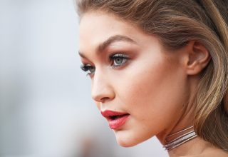 Gigi Hadid Close-up Wallpaper