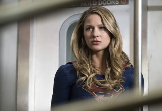 Melissa Benoist as Supergirl TV Series Wallpaper