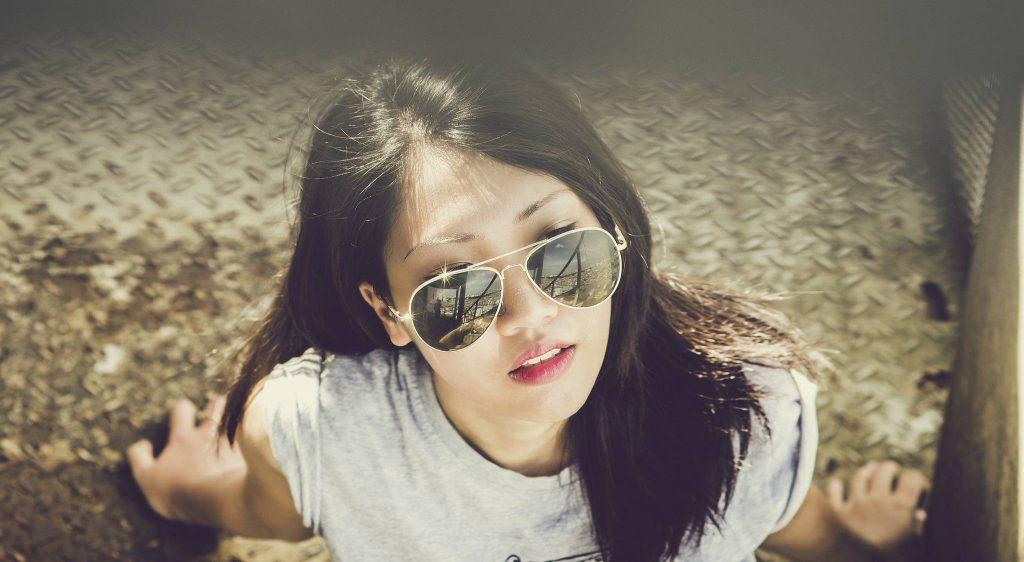 Woman Model Sunlight Sunglasses Wallpaper