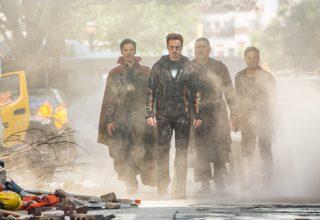 Doctor Strange, Stark, Wong And Bruce Banner in Avengers: Infinity War