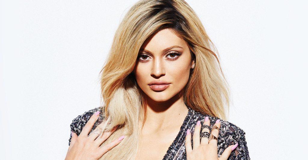 Kylie Jenner Elle Canada 2018 Wallpaper