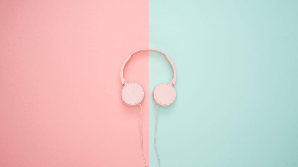 Headphones Minimal Wallpaper