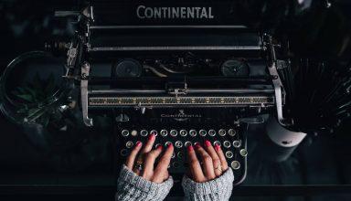 Typewriter Hands Manicure Wallpaper