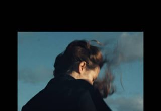 دانلود آلبوم موسیقی Esja توسط Hania Rani