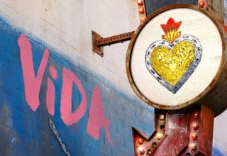 دانلود موسیقی متن سریال Vida