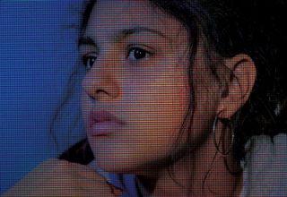 دانلود موسیقی متن فیلم Share
