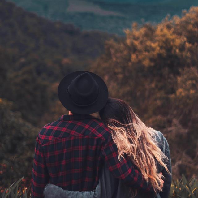 دانلود قطعه موسیقی Missing Your Embrace توسط MoreThanSilence