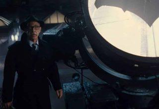 بازگشت جی کی سیمونز برای بازی در نقش جیمز گوردون در فیلم Batgirl